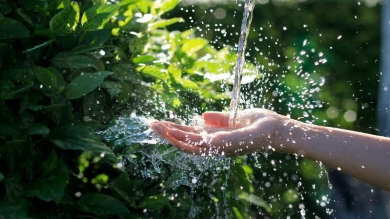media/image/0-51475600_1539863234_water-clean.jpg